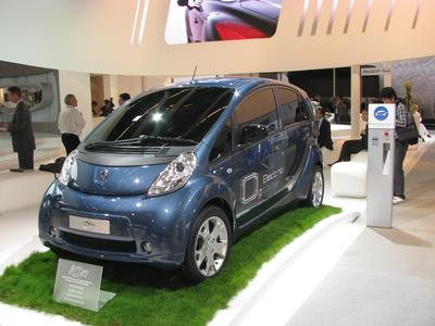 Electric car by emission trading Special in sunny contries is photovoltaic cheaper than diesel or gasoline. Only the high price of electric cars is a problem.